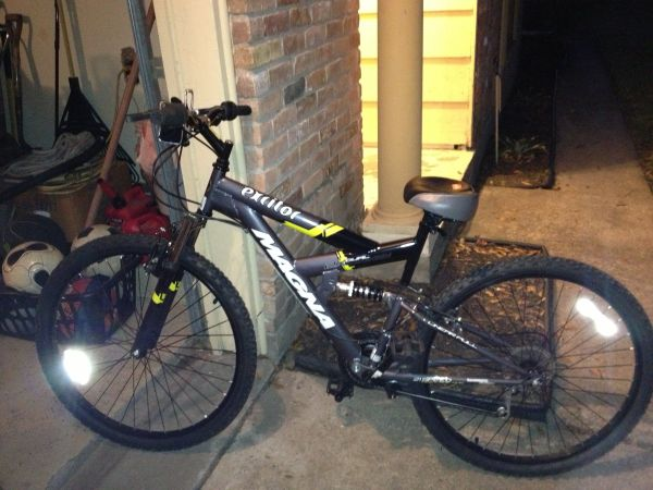 Magna excitor mountain bike - $85 (59 Gessner)