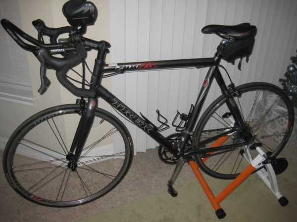 2007 Trek 2100 ZR - Size 60 - Carbon Forks, Seat Post and Stays   - $700 (West)