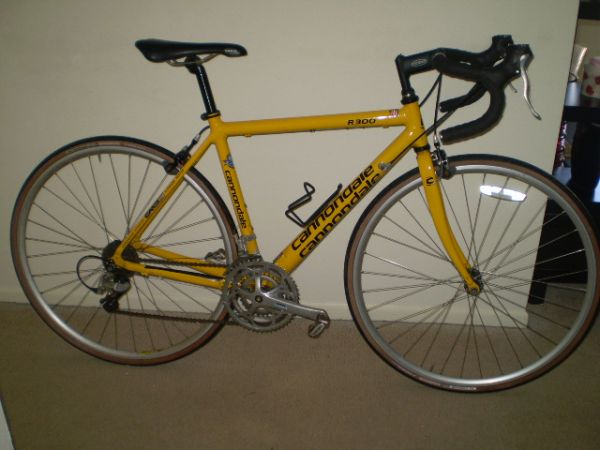 cannondale road bike 48 cms - $400 (kingwood-humble)