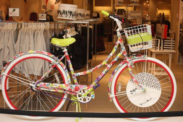 Ladies Alice  Olivia Bike - Limited Edition - Neiman Marcus - $375 (The Woodlands Magnolia)