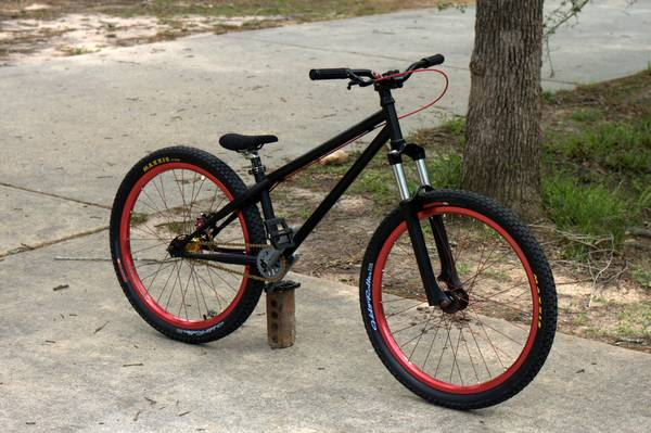 Dobermann Dirt Jumper - $950 (SpringHouston)