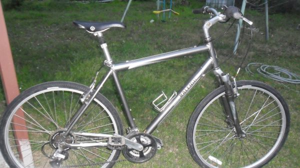 RALEIGH CONFORT BIKE - $165 (NORTH)