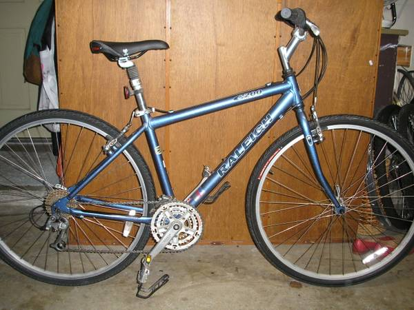 Raleigh C200 24 Speed Hybrid - $100 (Rice Univ Area )