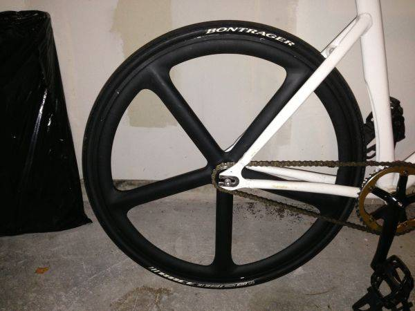 Aerospoke wheel - $300 (Houston)
