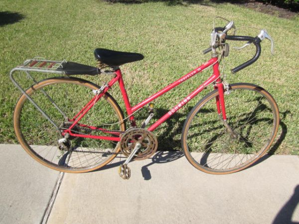 Vintage Ladies Schwinn Traveler III 10 Speed - $60 (Richmond,TX)