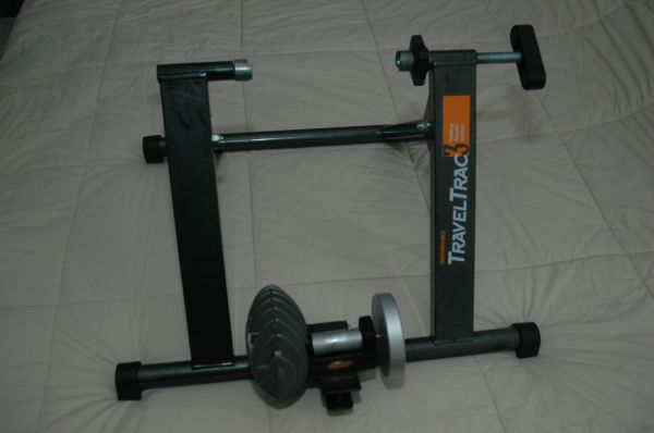 Travel Trac 3 Fluid Trainer with Front Block - $50 (Rice)