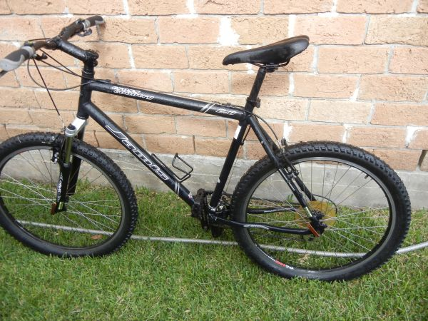 Jamis cross country - $200 (Houston)
