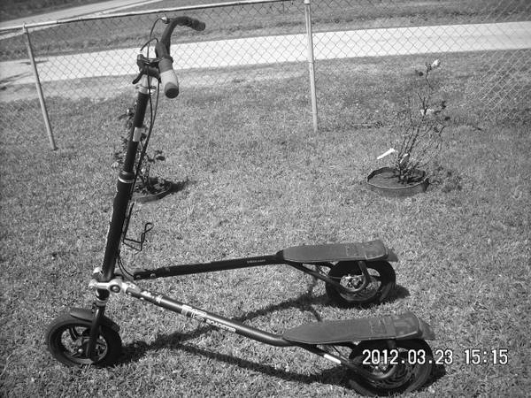T12 Roadster trikke - $350 (Galveston)