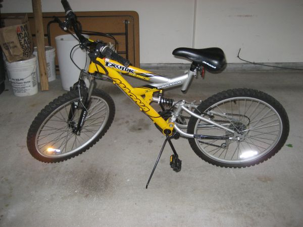 Magna Excitor Mountain Bike - $60 (Friendswood)