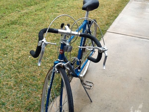 Schwinn(World Sport) Road Bike - $250 (Fm1960Jones Rd.)