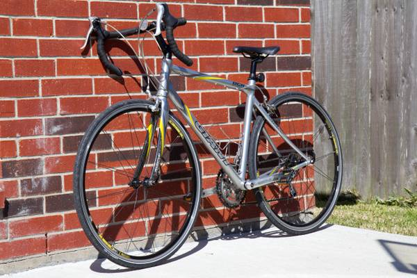 Giant OCR2 Road Bike - Medium Frame - 50cm - $429 (Pearland)