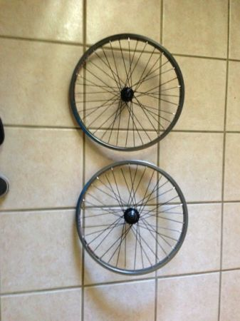 BMX cassette rear wheel and and Stolen BMX(brand) roulette wheels - $110 (League City)