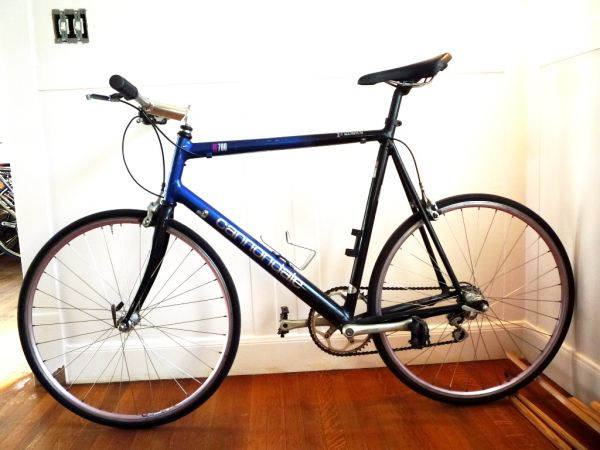 CANNONDALE R700 ROAD BIKE 60cm Shimano 105 - $400 (HOUSTON (MONTROSE))
