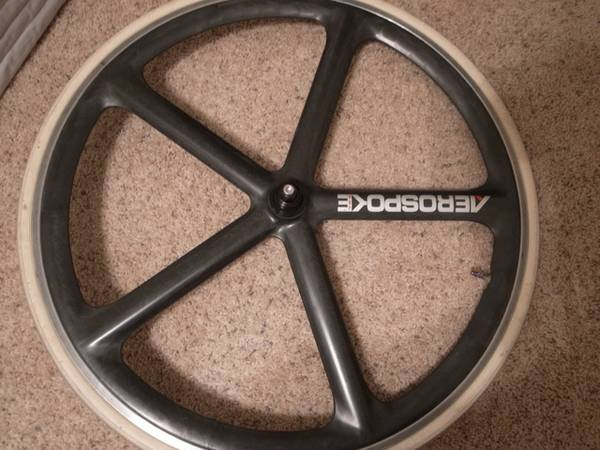 Aerospoke 700c Raw Black Front Wheel Clincher Machined - $300 (Montrose)