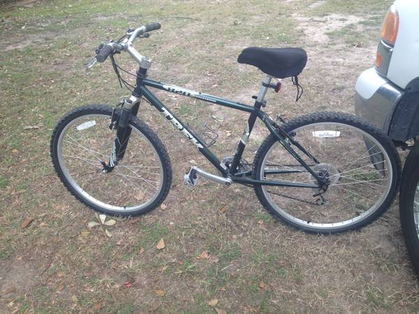 Men trek 21 speed bike -   x0024 175  Beltway8  the hardy north