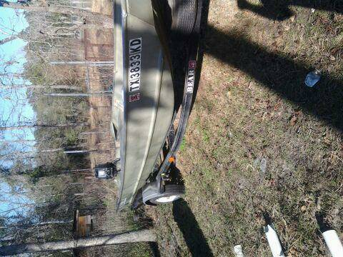 16 FOOT FLAT BOTTOM BOAT DEEP AND WIDE - $2500 (MAGNOLIA)