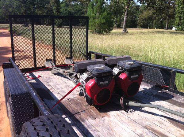 Go Devil twin mud motors long tail 23hp Briggs and Stratton vanguard - $3500 (Freeport)