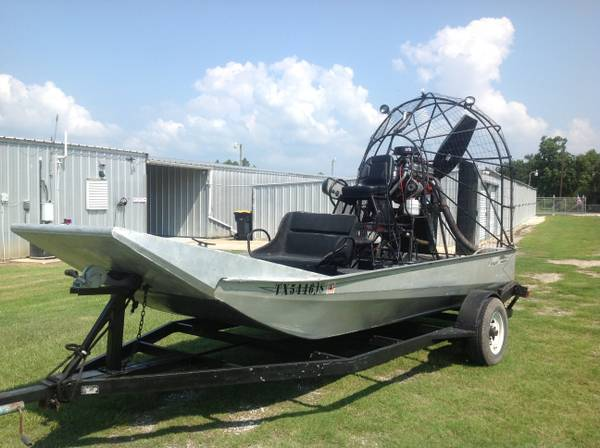 Airboat - $18500 (Anahuac, Tx)