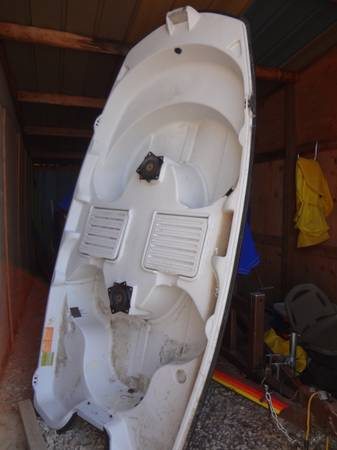 pelican predator 103 fishing bass boat - $500 (CYPRESS)