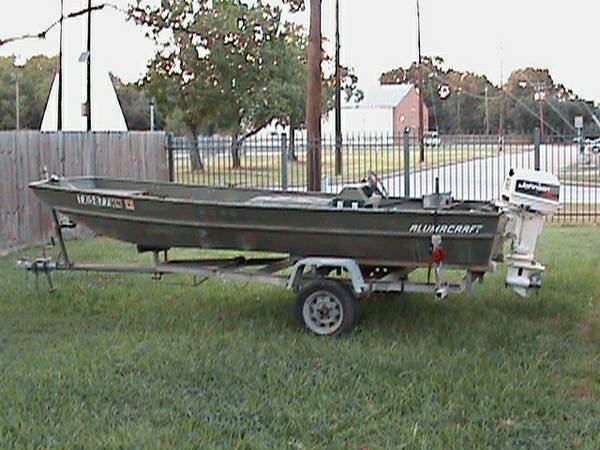94 16 foot Jon Boat with 30 hp Johnson - $2350 (Deer Park)