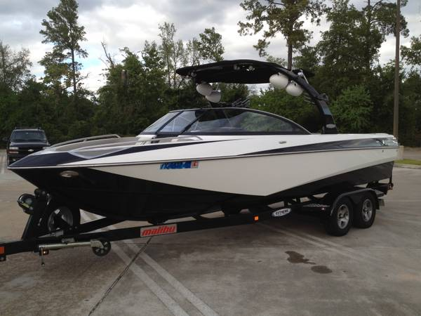 2006 Malibu Wakesetter LSV 247 Winter Special best offerOnly200hrs - $52000 (NW Houston)
