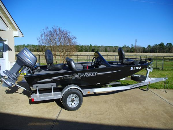 06 Xpress H50 Bass Boat with Yamaha 50 HP - Clean, Rarely Used - $6900 (Huntsville)