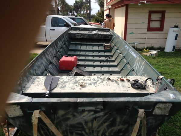 All weld 16 foot jon boat extra wide motor an trailer - $2650 (Galveston)