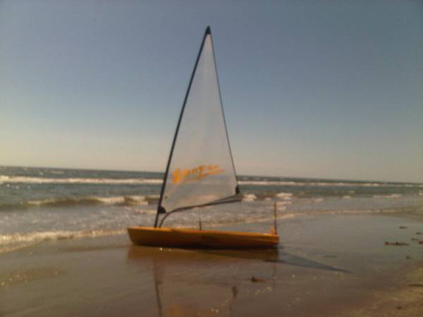 Sailboat - Escape Rumba w Trailer - $950 (Near Galveston)