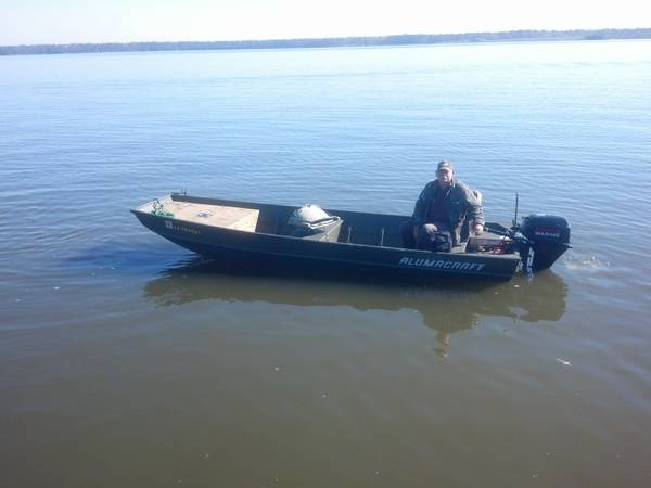 Brand New Ready To Fish 15 foot flatbottom - $6000 (East HoustonCrosby)