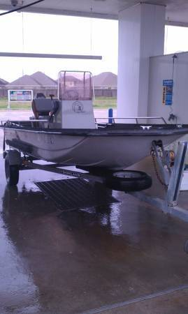15 Ft. Center Consle BayHawk 1989 With A 50 Hp Yamaha Excelent Shape - $3200 (Katy)