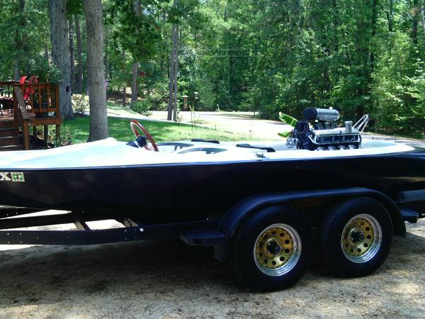 V-drive boat 1972 Miller 454 - $4500 (Livingston)