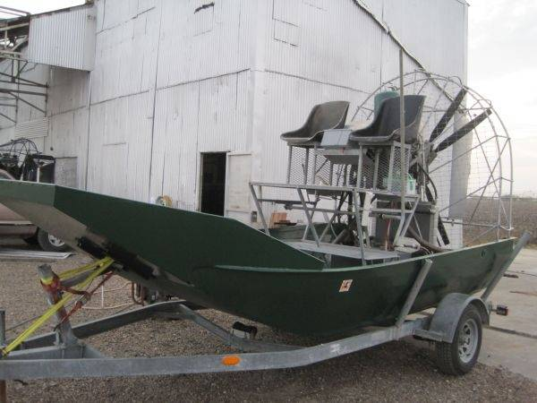 14ft panther airboat - $14000 (Calallen)