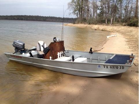 16FT Lowe Aluminum CC - 30hp Johnson - $3500 (Lake Conroe )