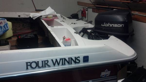1995 Four Winns Freedom Fish and Ski, Possible trade - $2500 (45s and Beltway 8)