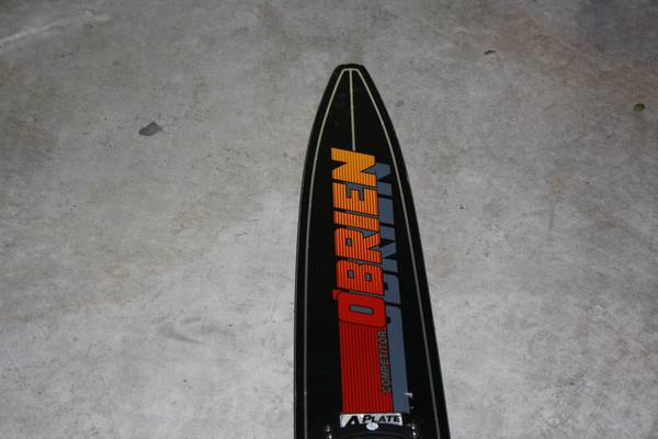 Obrien Gt Graphite Slalom Ski with Fins - $50 (Friendswood Tx)