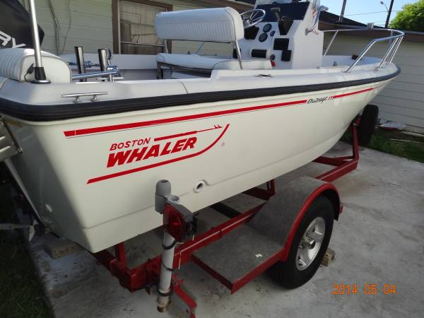 1996 Boston whaler outrage Center Console 17ft - x002410500 (north houston)