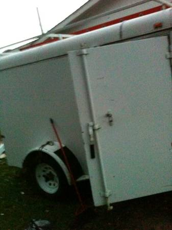 5 gutter machine with enclosed trailer - $6500 (Tyler)