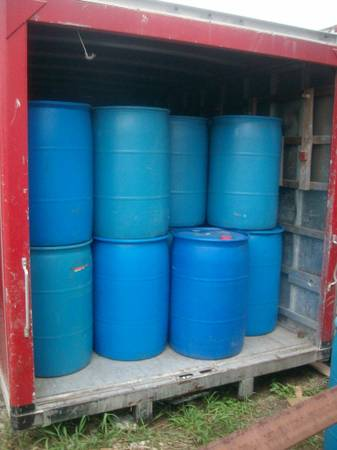 55 Gallon Blue Plastic Barrels Drums - $20 - $20 (Houston,Texas)