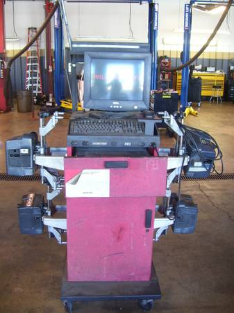 HUNTER FRONT END ALIGNMENT MACHINE - $1000 (SHREVEPORT LA)