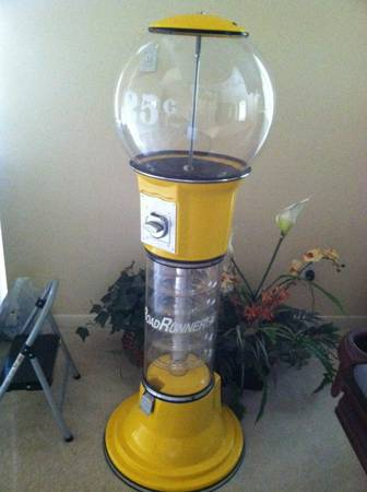 Yellow Large Commercial Size GumBall Machine - $500 (East Pearland)