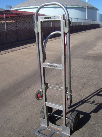 Gemini Magliner Convertible 2 in 1 Dolly or Hand Truck - $160 (290 43rd)