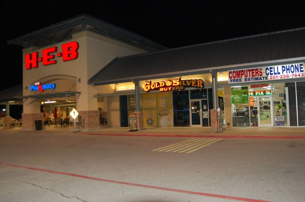 Computer Cell Phone Store - Great Location - $15000 (290 Barker Cypress)