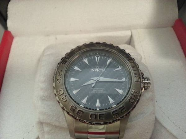 INVICTA RESERVE PRO DIVER MENS WATCH (downtown )