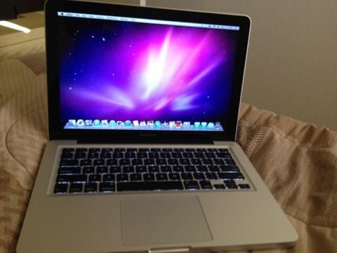 13.3 inch Macbook Pro 750GB 2.8 I7 - $800 (Downtown)