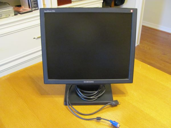 Samsung SyncMaster 930b monitor - $50 (NW Tomball)