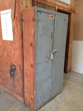 Free pallets, lumber wood, cabinet (Spring Branch - West)