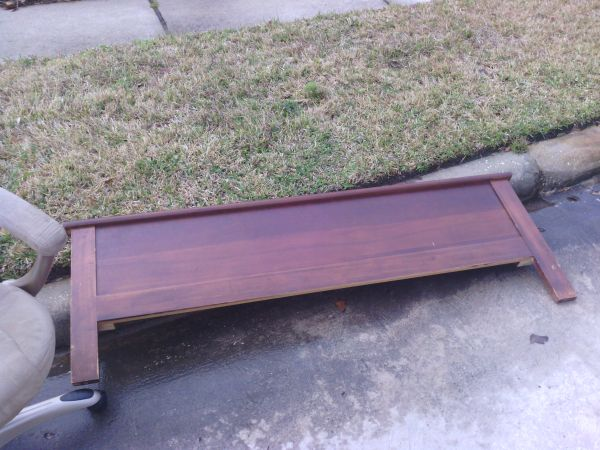 FREE Headboardfootboard (queenfull) (Humble, TX)