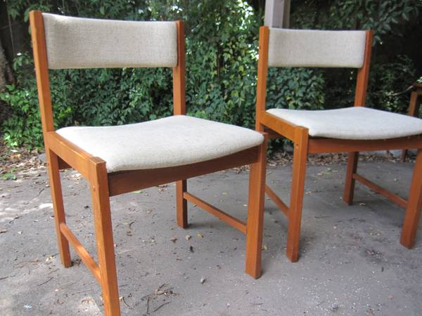 d-Scan teak chairs (pair) - $95 (N. Braeswood and 610)