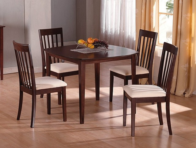260  Petite Dining set with 4 chairs New in Box