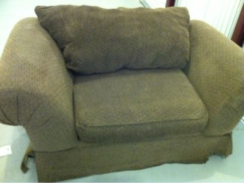 SLEEP CHAIRBIG LIVING ROOM CHAIR FABRIC CHENILLE BROWN - $95 (HOUSTON)